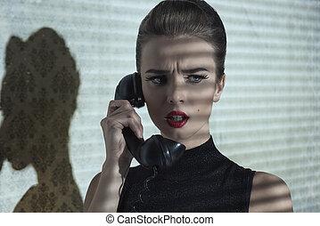 niña, con, teléfono, y, dramático, expresión