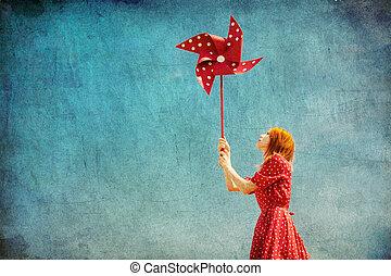 niña, con, turbina del viento, en, campo