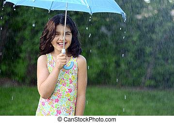 niña, en la lluvia