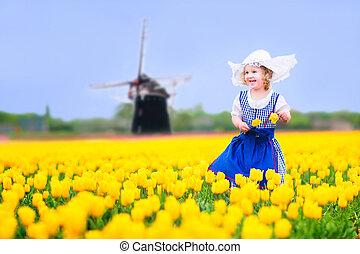 niña, en, nacional, disfraz, en, tulipanes