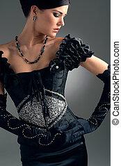 niña, en, negro, tarde, bordado con cuentas, vestido