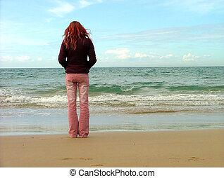 niña, en, playa