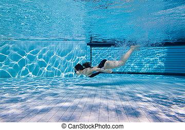 niña joven, salpicado, bajo el agua, después, saltar, de, el, lado, de, el, piscina, parque acuático