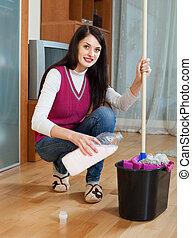 niña, lavado, piso, con, detergente