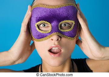 niña, máscara