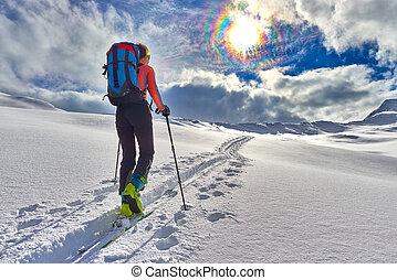 niña, marcas, esquí, montañismo, solamente, hacia, el, abra
