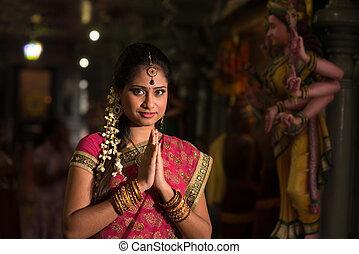 niña, rezando, indio