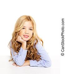 niña, rubio, escritorio, retrato, sonriente, blanco, niño