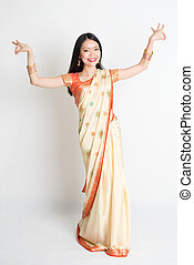 niña, sari, vestido, indio, bailando