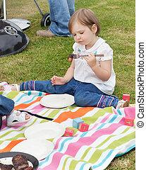 niña, tener un picnic