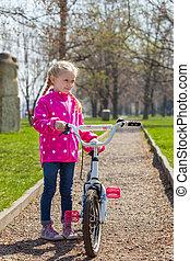 niña, y, bicicleta