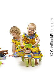niñas, con, juguetes