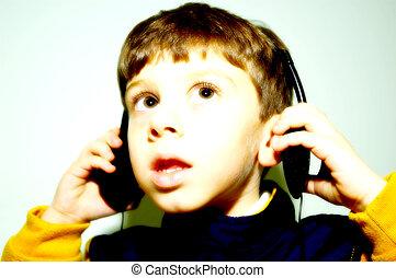 niño, auricular