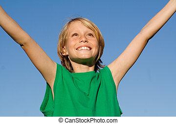 niño, brazos levantados, niño, sonriente, niño, felicidad, feliz