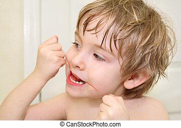 niño, dientes, flossing, el suyo