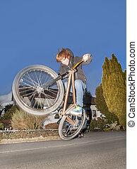niño, dirtbike, aerotransportado, yendo