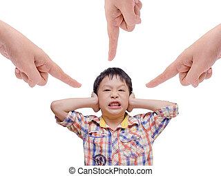 niño, el suyo, descontentado, padre, cubrir orejas, command.