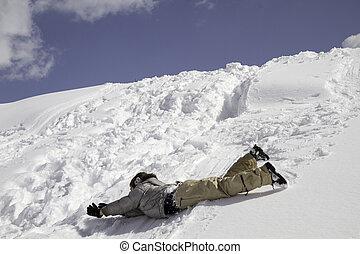 niño, en, nieve, colina, eso, rollos