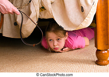 niño, family., violencia, bed., cueros, debajo