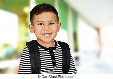 niño joven, en, escuela