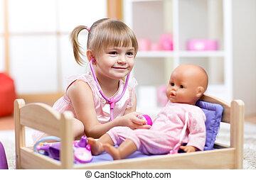 niño, juguete, juego, doctor, muñeca