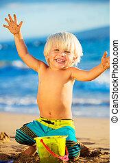 niño, playa, joven, juego
