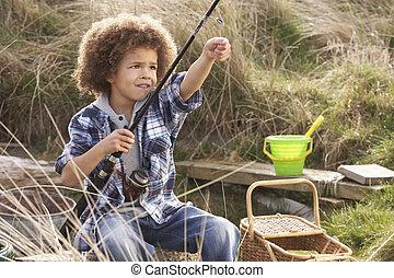 niño, playa, joven, pesca