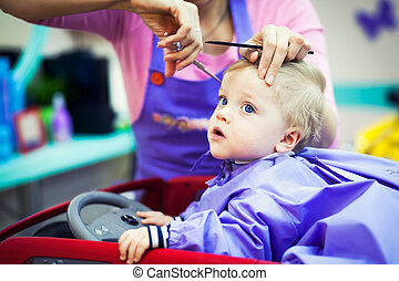 niño, poco, corte de pelo, primero