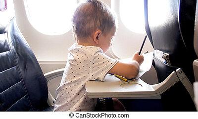 niño, poco, viejo, lápices, vuelo, años, mientras, 2, retrato, avión, dibujo