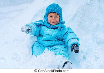 niño, sentado, en, nieve