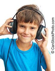 niño, sonriente, auriculares
