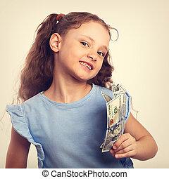 niño, toned, rico, espacio, dinero, vendimia, mano, reír, plano de fondo, tenencia, niña, copia, vacío, feliz