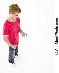 niño, utilizar, joven, teléfono celular
