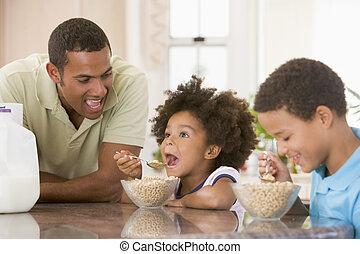 niños comer, desayuno, con, papá