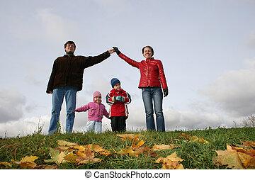 niños en familia, house., otoño