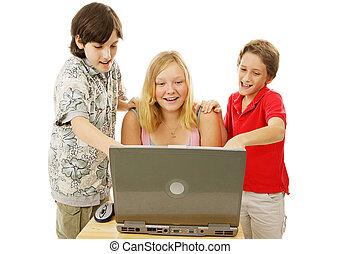 niños, tener diversión, en línea