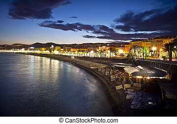 Nice at night, France. - The beach and the waterfront of...