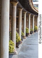 Nice columns