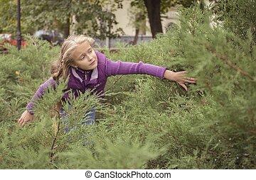 nice girl in purple seeking for something