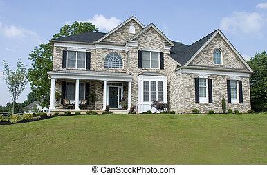 Nice house - Nice Brick House on Hill