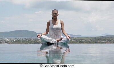 niebo, przeciw, lotos, yoga postawa, kobieta, jasny,...
