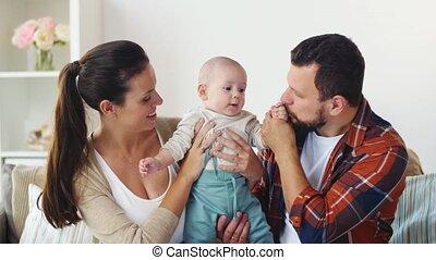 niemowlę, dom, rodzina, szczęśliwy