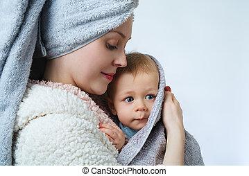 niemowlę, kobieta