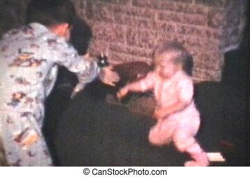 niemowlę, usłysze, (1969), chód