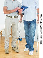 niepełnosprawny, terapeuta, pacjent, informuje