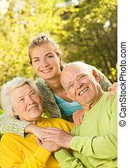 nieta, grandparants, aire libre