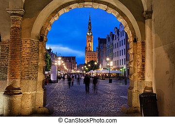 nighfall, em, cidade velha, de, gdansk