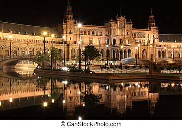 Night at famous Plaza de Espana