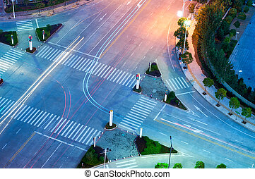 Night at the crossroads - The trajectory of the road...
