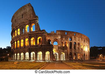 Night image of Coliseum in Rome